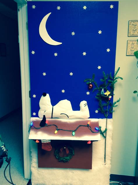 charlie brown christmas door decorating contest she s
