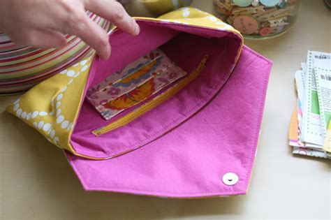 How To Make A Clutch Purse Out Of Paper - an envelope clutch