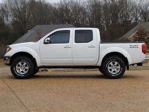 White Nissan Truck Nissan Truck Price Modifications Pictures Moibibiki