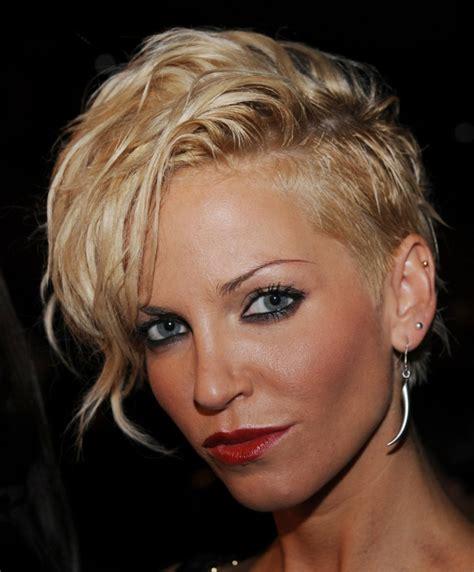 Blond Frisyr by Undercut Frisuren Der Umstrittene Modetrend In Bildern