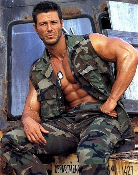 what attractive to marines muscle beauty hot fit men