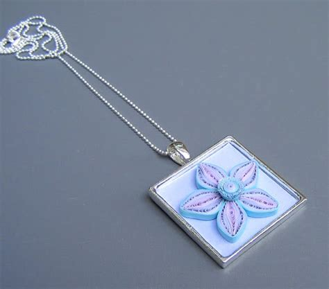 paper quilling pendant tutorial all things paper quilled photo jewelry and flower pendant