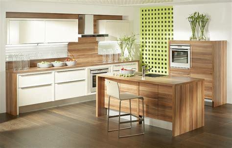 Bodenbelag Küche Linoleum by Wohnzimmer Wandgestaltung Rot