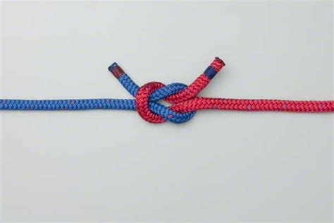 Two String Knots - square knot reef knot how to tie the square knot reef