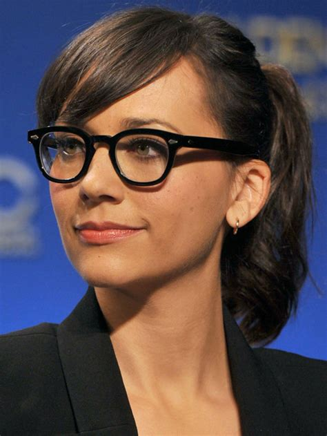 Hairstyles For Glasses by Top 30 Hairstyles With Bangs And Glasses The