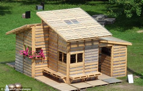 cheapest states to build a house the homes made from discarded pallets that could house the