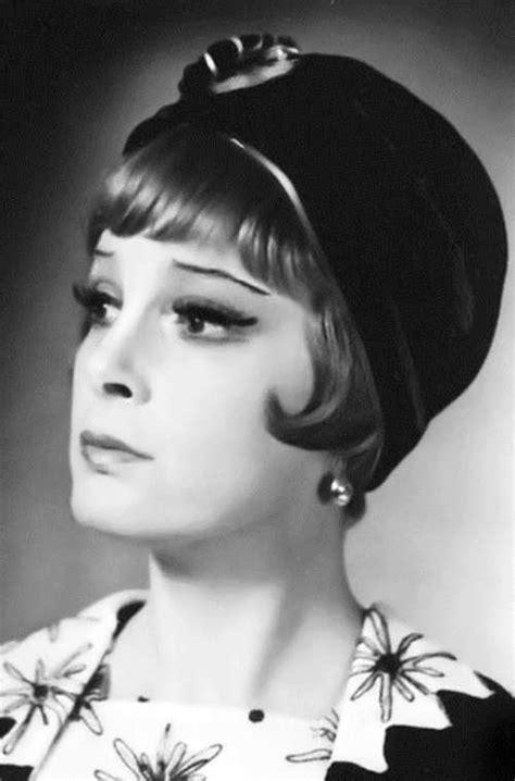Elina Bystritskaya, actress - Russian Personalities