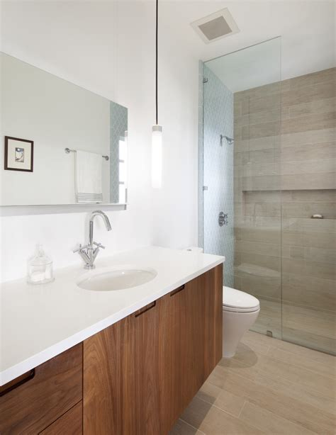 Porcelain Tile In Bathroom by Porcelain Wood Tile Bathroom With Bathroom Mirror Curbless Shower Beeyoutifullife