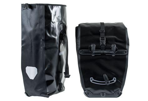 porta bagagli paio di borse porta bagagli posteriore ortlieb back roller
