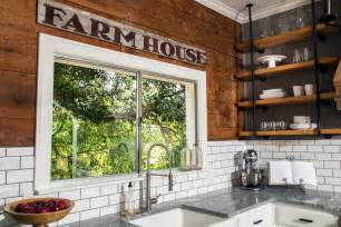 joanna gaines home design tips fixer a craftsman remodel for coffeehouse owners hgtv s fixer with chip and