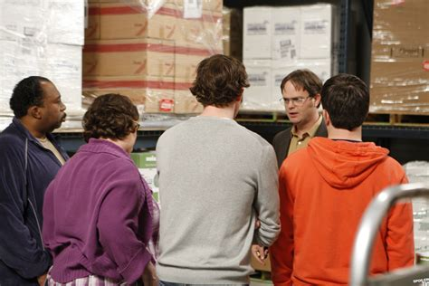 quot casual friday quot episode 5x24 promo photo the office