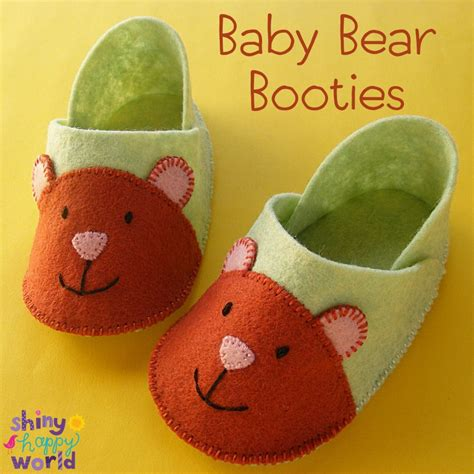 pattern for felt baby shoes baby bear booties a free felt booties pattern felt booties