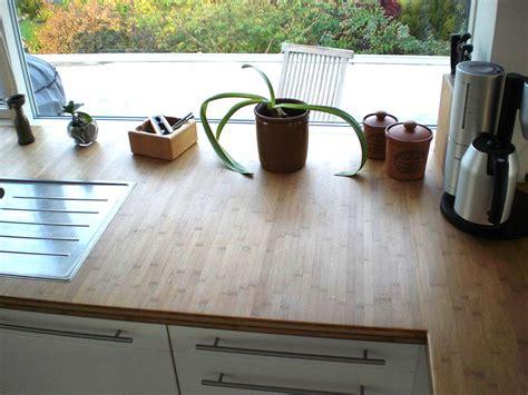 günstige arbeitsplatten für die küche beige und lila