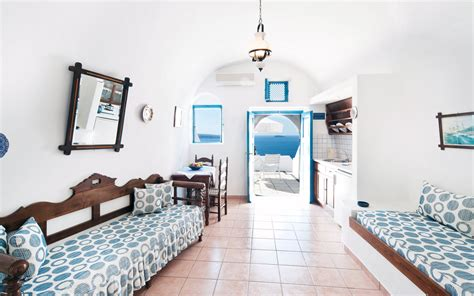 santorini appartments oia santorini apartments santorini studios