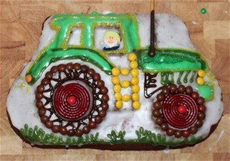 traktor kuchen rezept backform traktor verleih kinderparty onlineshop de