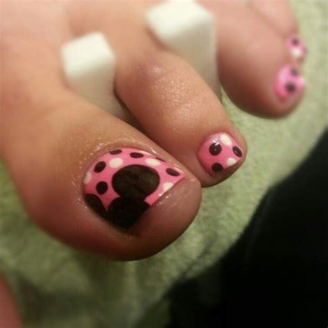 disney pattern nails best 25 disney toes ideas on pinterest