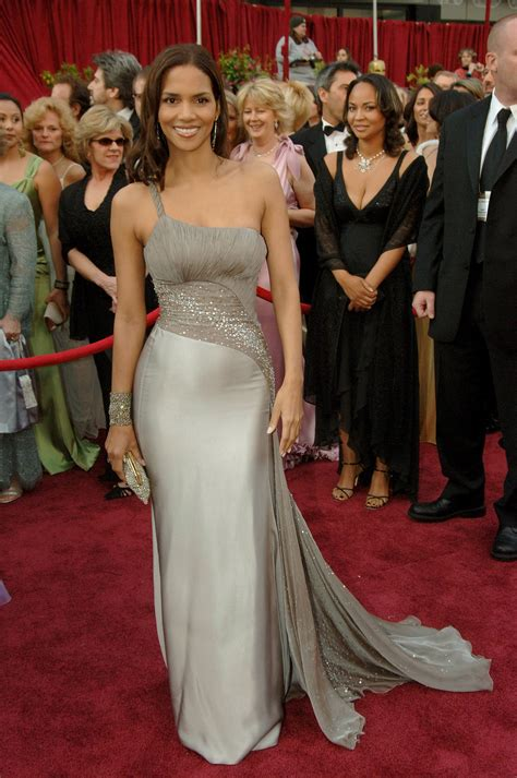 No Halle At The Oscars by Halle Berry In Versace At The Oscars Versace Why No