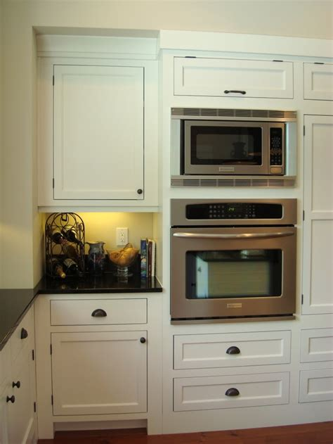 local kitchen cabinets wall paint bm edgecomb gray cabinets local cabinet maker