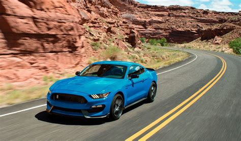 2018 ford shelby gt350 and gt350r new colors