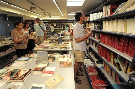 libreria pisanti napoli napoli chiude la storica libreria di loffredo al vomero