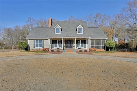 houses for sale in piedmont sc 148 charles drive piedmont sc 29673 home for sale in piedmont sc
