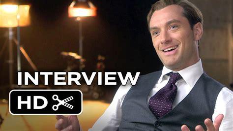 film jason statham jude law spy interview jude law 2015 melissa mccarthy jason