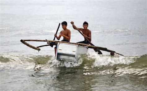 fishing boat making philippines filipinos make fishing boat out of old fridge and wood