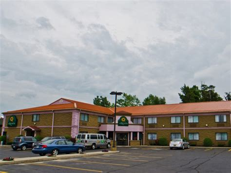 park inn hamburg airport hotel la quinta inn buffalo airport williamsville buf