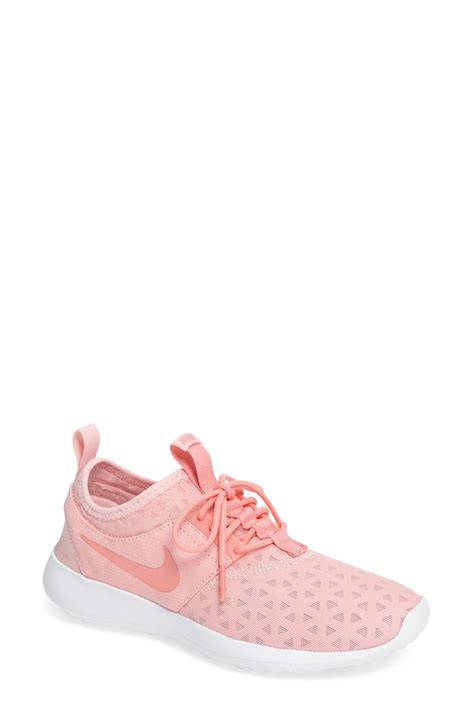 pink nike sneakers for best 25 pink nikes ideas on