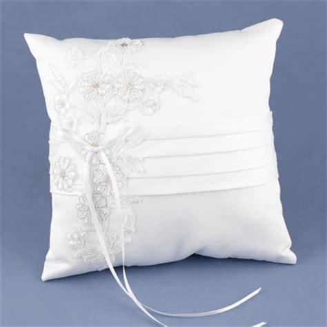 cuscini per fedi originali dove comprare cuscino portafedi m 233 canisme chasse d eau wc