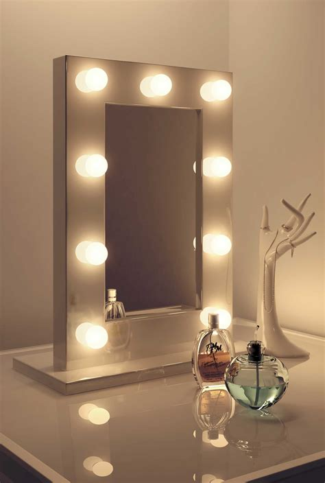 Room Mirror by High Gloss White Makeup Theatre Dressing Room