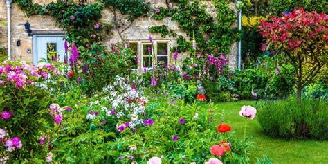 best plants for a cottage garden and design ideas 32 decorelated