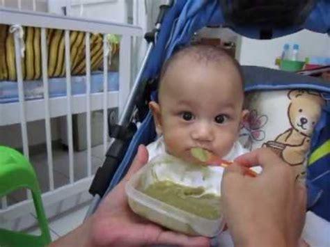 Baby Doll Lucu Bgt anak balita jepang lucu sedang makan 2013 doovi