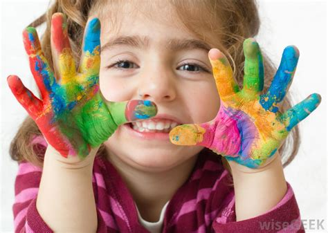What Types Of Paint Are Good For Children To Use Children Painting Images