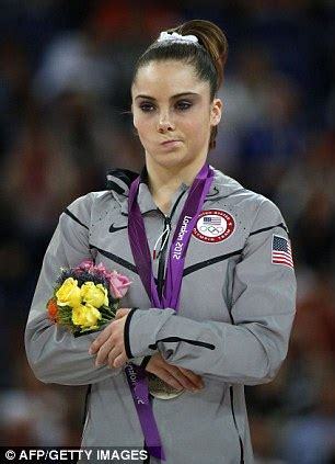 olympic gymnast mckayla maroney announces end of competitive career olympic silver medalists pouts because it s not gold