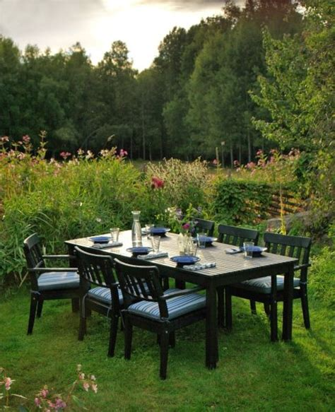 ikea outdoor dining the ikea 196 ngs 214 series brings a classic look to your