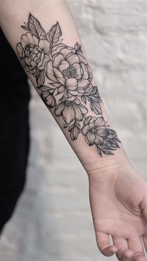 flower forearm tattoos best 25 forearm flower ideas on floral