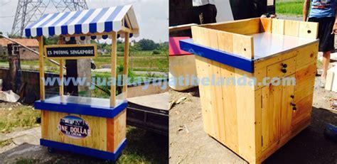Meja Bar Booth Cafe Resto Kayu Jati Londo Di Surabaya jual kayu jati belanda kayu jati belanda murah