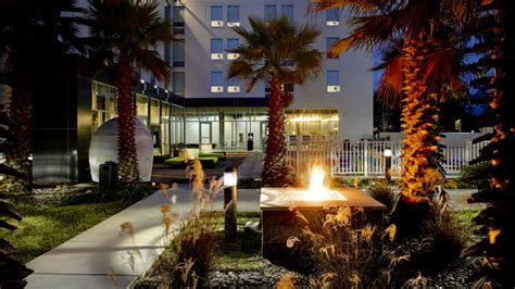 florida backyard jacksonville jacksonville florida meeting venues aloft jacksonville