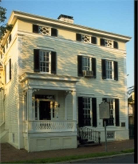 lee fendall house ghost tours at lee fendall house sun oct 30 2011 8 00 pm 10 00 pm calendar