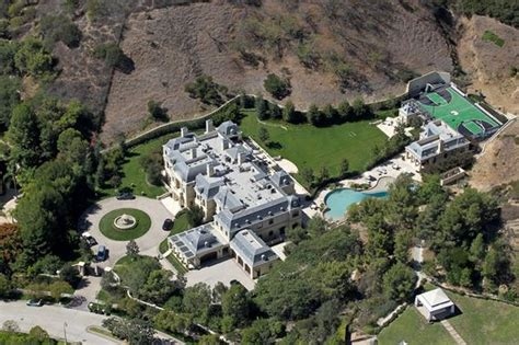 wahlberg new house is absolutely