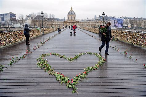 images of love lock bridge love in the time of padlocks has a craze on the world s