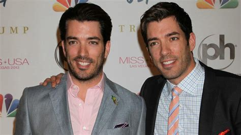 drew jonathan scott jonathan and drew scott show off their home and it has a