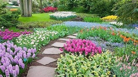 come creare un giardino fiorito fare un bel giardino giardino fai da te