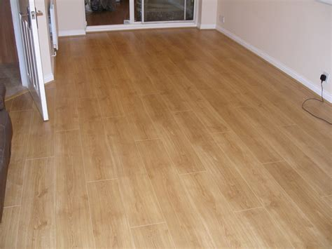 laminate flooring shop style selections in w x ft l
