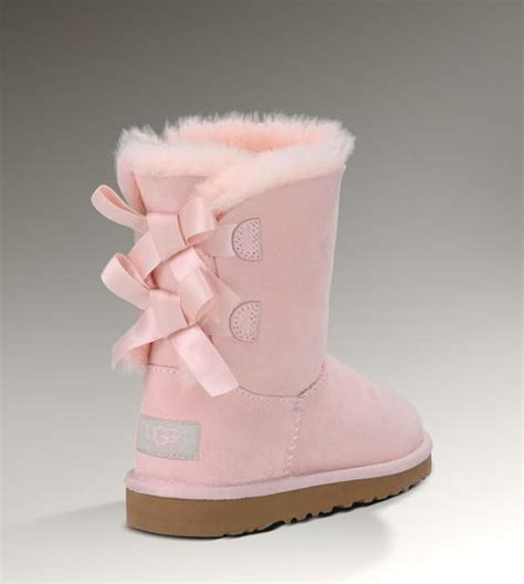light pink bailey bow uggs bailey bow light pink uggs i will own these shoes