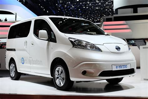 2014 nissan e nv200 price and specs