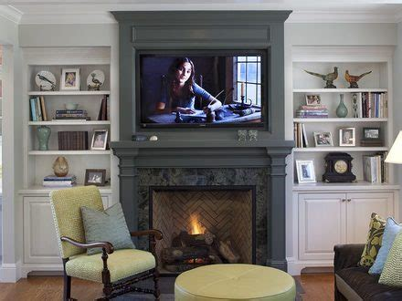 How To Decorate Around A Fireplace by 19 Lightened Up Summer Living Room Decorating Ideas