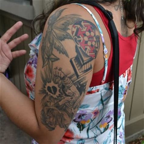 tattoo parlour vegas showroom tattoo parlour 73 photos tattoo chinatown