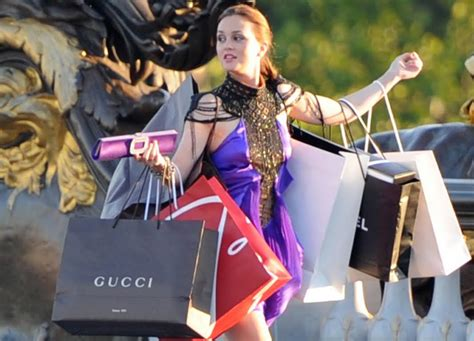 Signs Youre A Shopaholic by 10 Things You To Be True If You Re A Shopaholic